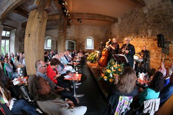 "Konzertbesucher - Achim Bohlender Swingtett - A Tribute to Benny Goodman - im Jazz-Club ""Schloss Köngen"" (20.05.2016)"