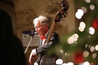 "Rolf Martin (kb, voc) - Old Fashion Jazzband - im Jazz-Club ""Schloss Köngen"" (14.12.2018)"