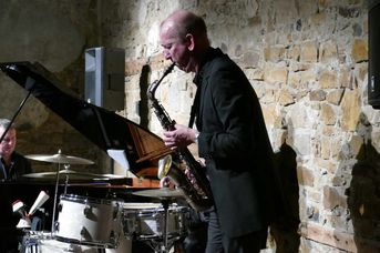 "Chris Hopkins (as) - Echoes of Swing - im Jazz-Club ""Schloss Koengen"" (30.10.2020)"