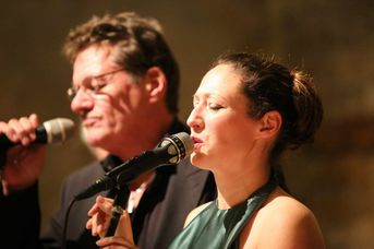 "Andy Lawrence und Rebecca-Madeleine Katz (voc) - Al Cat & the Roaring Tigers - im Jazz-Club ""Schloss Köngen"" (26.10.2018)"