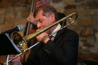"Chris Ludowyk (tb) - The Syncopators - im Jazz-Club ""Schloss Köngen"" (24.05.2019)"