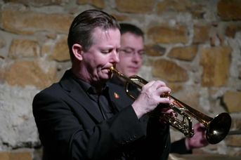 "Colin T. 111dawson (tp) - Echoes of Swing - im Jazz-Club ""Schloss Koengen"" (30.10.2020)"