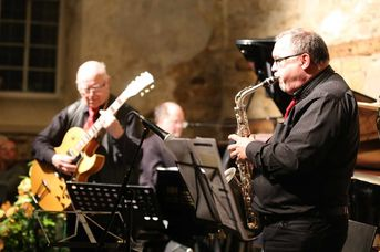 "Hans Rotter (g) / Joachim Keck (as) - Köngener Schloss-Swingtett - im Jazz-Club ""Schloss Koengen"" (24.01.2020)"