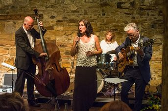 "Shaunette Hildabrand Trio + One - im Jazz-Club ""Schloss Köngen"" (28.06.2019)"