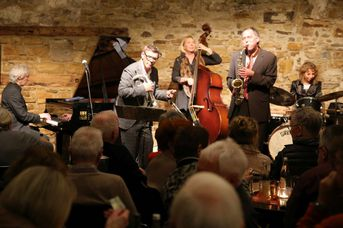 "Iris Oettinger Swing Band - im Jazz-Club ""Schloss Köngen"" (25.01.2019)"